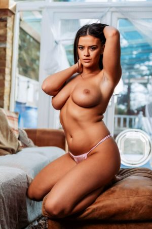 brook wright topless hot woman with sexy tits