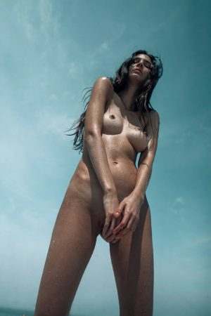 hot slim model nude small tits pussy outdoors pose