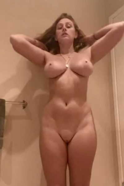 Little jumping of naked redhead cutie (gif)