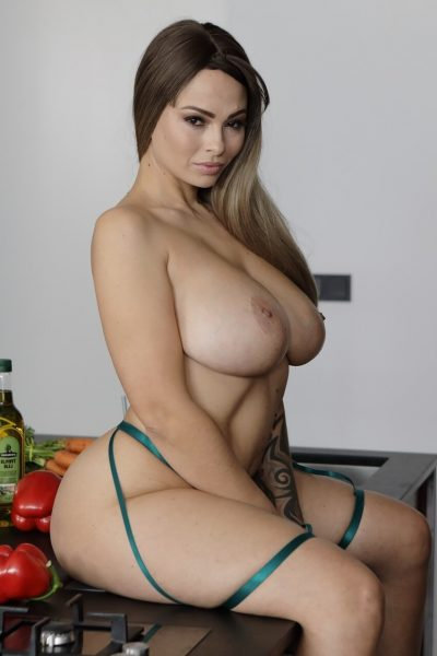 Dominno Naked Busty Chef Virtual-Taboo