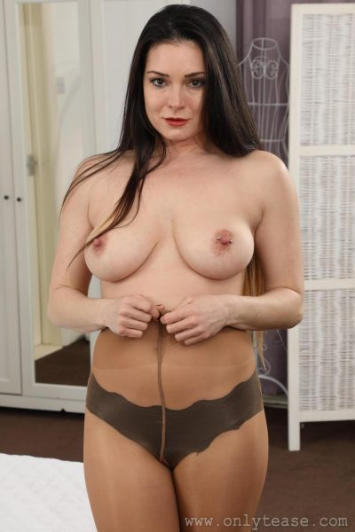 OnlyTease- Tommy gets topless in pantyhose (gallery)