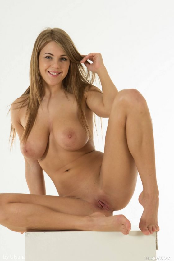 FemJoy – Busty Icon Vanea H nude in Be My Dream (12 pics)