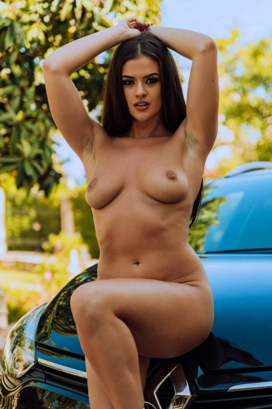 Glamour babe Brook Wright naked on the car!