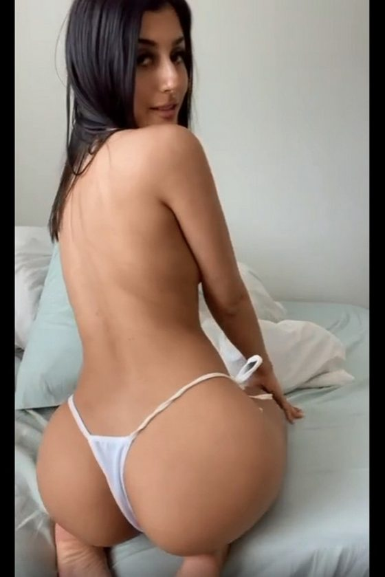 Sexy Nude Ass Show (gif)
